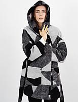 ג + להרשים נשים לצאת צמר שחור ברחוב שיק coatcolor לחסום ארוך עם ברדס שרוול חורף / בינוני זהורית