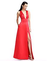 TS Couture® Торжественное мероприятие Платье А-силуэт V-образный вырез В пол Сатин с Карманы / Разрез впереди