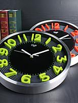 Модерн Семья Настенные часы,Круглый Алюмин 12 INCH В помещении Часы