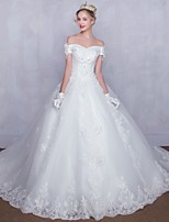 Ball Gown Wedding Dress Chapel Train Off-the-shoulder Tulle with Beading / Lace