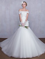 Trumpet / Mermaid Wedding Dress Court Train Off-the-shoulder Tulle with Appliques / Lace