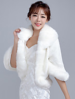 Women's Wrap Shrugs 3/4-Length Sleeve Faux Fur White Wedding / Party/Evening / Casual Fold-over Collar