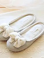 Damen-Slippers & Flip-Flops-Lässig-Kunststoff-Flacher Absatz-Fersenriemen-Beige
