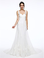 Lanting Bride® A-line Wedding Dress Chapel Train Straps Lace / Tulle with Appliques / Beading / Criss-Cross