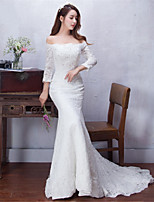 Trumpet / Mermaid Wedding Dress Court Train Off-the-shoulder Lace with Beading