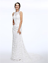 Lanting Bride® A-line Wedding Dress Court Train Jewel Lace with Beading / Button