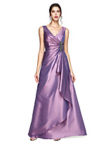 2017 TS Couture® Formal Evening Dress - Elegant A-line V-neck Floor-length Taffeta with Crystal Brooch / Pleats