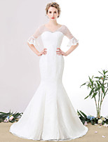 Trumpet / Mermaid Wedding Dress Court Train V-neck Lace / Tulle with Pearl