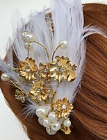 Women's Feather / Rhinestone / Alloy / Acrylic Headpiece-Wedding / Special Occasion / Casual Flowers / Hair Clip 1 Piece