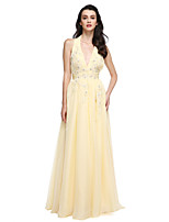 TS Couture® Formal Evening Dress A-line Halter Sweep / Brush Train Chiffon with Appliques / Beading