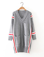 Damen Lang Pullover-Ausgehen Anspruchsvoll Einfarbig Blau Schwarz Grau V-Ausschnitt Langarm Kaschmir Polyester Herbst Mittel