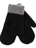 lapin cheveux balle doubler les gants féminins bouleversé (lapin noir de gants de boule de cheveux)
