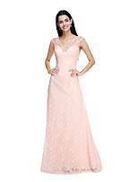 2017 Lanting Bride® Floor-length Lace Elegant Bridesmaid Dress - Sheath / Column V-neck with Buttons