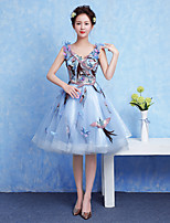 Cocktail Party Dress Ball Gown V-neck Knee-length Tulle / Jersey with Appliques / Flower(s)