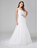 Lanting Bride® A-line Wedding Dress Court Train V-neck Lace / Tulle with Beading / Button / Sash / Ribbon