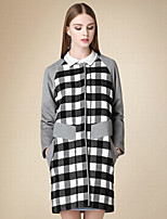 Women's Casual/Daily Simple Coat,Plaid Shirt Collar Long Sleeve Winter Black Cotton Medium