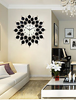Modern/Contemporary Houses Wall ClockOthers Acrylic / Glass / Metal 67*67cm Indoor Clock