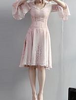 Женский На каждый день Винтаж Свободный силуэт Платье Цветочный принт,V-образный вырез До колена Длинный рукав Розовый Полиэстер ОсеньСо