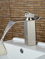 Contemporain Set de centre Cascade with  Valve en céramique Mitigeur un trou for  Nickel brossé , Robinet lavabo