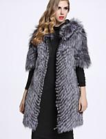 Женский На каждый день Однотонный Пальто с мехом Рубашечный воротник,Изысканный Зима Серый Рукав ½,Лисий Мех