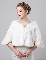 Women's Wrap Shrugs Faux Fur / Imitation Cashmere Wedding / Party/Evening Button / Pattern / Rhinestone