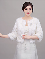 Women's Wrap Shrugs 3/4-Length Sleeve Faux Fur Ivory / Red Wedding / Party/Evening Scoop 41cm Rhinestone Hidden Clasp