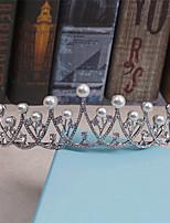 Vrouwen Bergkristal Helm-Bruiloft Speciale gelegenheden Informeel Tiara's 1 Stuk
