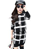 Girl's Stylish Check Preppy Plaid Clothing Set (Knitwear Sweater & Knit Skirt)