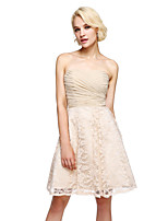 Lanting Bride® Knee-length Chiffon / Lace Bridesmaid Dress - Elegant A-line Sweetheart with Criss Cross / Ruching