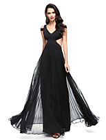 2017 TS Couture® Formal Evening Dress A-line V-neck Floor-length Chiffon / Jersey with Pleats