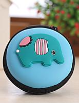Animal Shape Closed Travel Headphone Change Storage Box(Random Color)