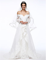 Lanting Bride® A-line Wedding Dress Sweep / Brush Train Off-the-shoulder Lace / Organza with Beading / Flower / Appliques
