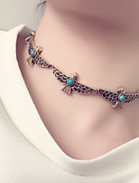 Women Pop Tide Carved Necklace Alloy Peace Pigeon Short Necklace Metal Birds Choker Necklace 1pc