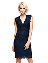 Lanting Bride® Knee-length Lace Bridesmaid Dress - Elegant Sheath / Column V-neck with Lace