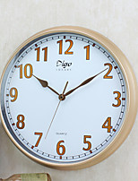 Rétro Famille Horloge murale,Rond Plastique 15 inch Intérieur Horloge