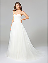 Lanting Bride® Ball Gown Wedding Dress - Classic & Timeless Open Back Court Train Sweetheart Lace / Tulle with Appliques