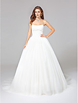 Lanting Bride® Ball Gown Wedding Dress - Glamorous & Dramatic Open Back Chapel Train Strapless Tulle with Appliques