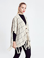 Women's Casual / Casual/Daily Simple Regular Cloak / Capes,Houndstooth Beige V Neck Short Sleeve Acrylic Autumn Thin Micro-elastic