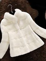 Женский Большие размеры Однотонный Пальто с мехом Воротник-стойка,Простое Зима Красный / Белый / Черный / Коричневый / Серый Длинный рукав