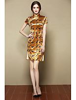 Для женщин Вечеринка/коктейль Шинуазери (китайский стиль) Оболочка Платье Цветочный принт,Воротник-стойка Выше колена С короткими рукавами