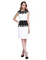 Lanting Bride® Футляр Платье для матери невесты - Цветовые блоки До колена Без рукавов Сатин  -  Аппликации