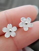 Без камня В форме цветка Серьги-гвоздики Бижутерия Цветочный дизайн Мода Повседневные Спорт Стерлинговое серебро 1 пара Белый