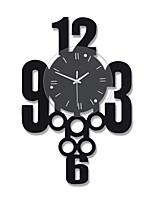 Creative Fashion Number Wood Mute Wall Clocks