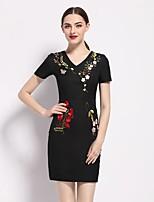 Для женщин На выход Секси Изысканный Оболочка Платье Вышивка,V-образный вырез Выше колена С короткими рукавами Полиэстер ЛетоСо