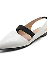 Damen-Sandalen-Büro Kleid Party & Festivität-PU-Flacher Absatz-Fersenriemen-Weiß Schwarz Rot