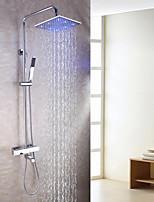 Zeitgenössisch Wandmontage LED Thermostatische Handdusche inklusive with  Messingventil Zwei Griffe Drei Löcher for  Chrom ,