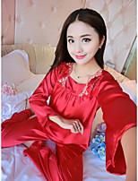 Satin & Soie Costumes Vêtement de nuit Femme,Sexy Couleur Pleine-Moyen Viscose Aux femmes