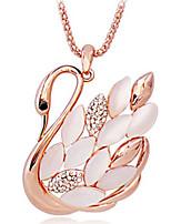 Per donna Collane con ciondolo Collane a catena Opale Strass Forma di animali Ali / Piume Strass Opale LegaClassico Originale Con logo