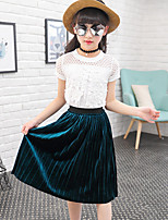 Girls' Fashion And Lovely Hollow Lace Collar T-Shirt Coat  Pleated Skirts Two-Piece Dress