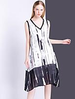 Для женщин На выход На каждый день Винтаж А-силуэт Платье С принтом,V-образный вырез Средней длины Без рукавов Шёлк Лён ЛетоСо